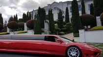 Bukan Buat Kebut-kebutan, Ferrari Ini Lebih Cocok untuk Acara Kawinan