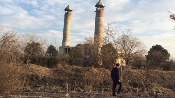 Hanya di tahun 2010, Pemerintah Nagorno-Karabakh yang menguasai wilayah itu menyebut kalau telah melakukan pembersihan. Namun, Kota Agdam kini juga tak ubahnya kota hantu yang ditinggalkan.. (Pool)