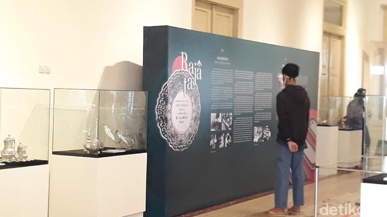 Pameran Temporer Koleksi Perak Museum Sonobudoyo Yogya
