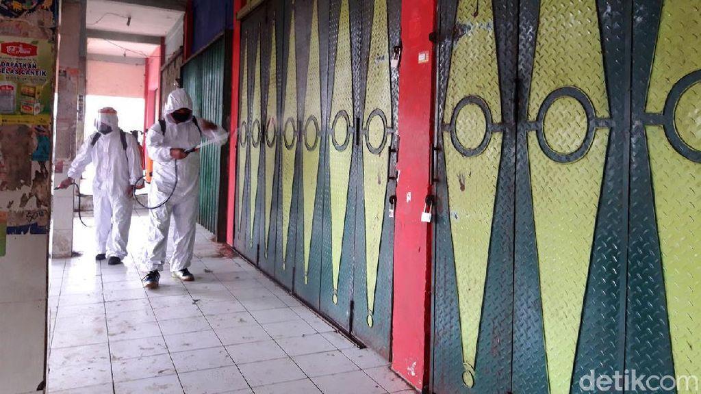 Pasar Sunggingan Boyolali Ditutup dan Disemprot Disinfektan
