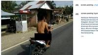 Jangan Ditiru, Pria Ini Telanjang Kendarai Motor