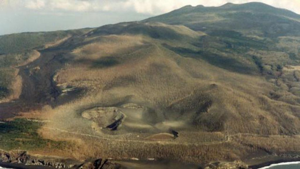 Pulau yang Penduduknya Wajib Pakai Masker Seumur Hidup