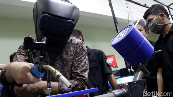 Kementerian Perdagangan berencana mengekspor produk simulator buatan anak bangsa. Pasalnya produk simulator itu memiliki potensi berkompetisi di tingkat global.