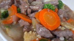 Masak Masak : Gurihnya Tumis Daging Sayuran yang Bikin Nagih