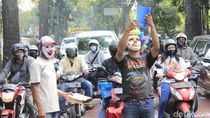 Sekolah Tutup, Kakak-Adik di Bandung Jadi Pesulap di Lampu Merah