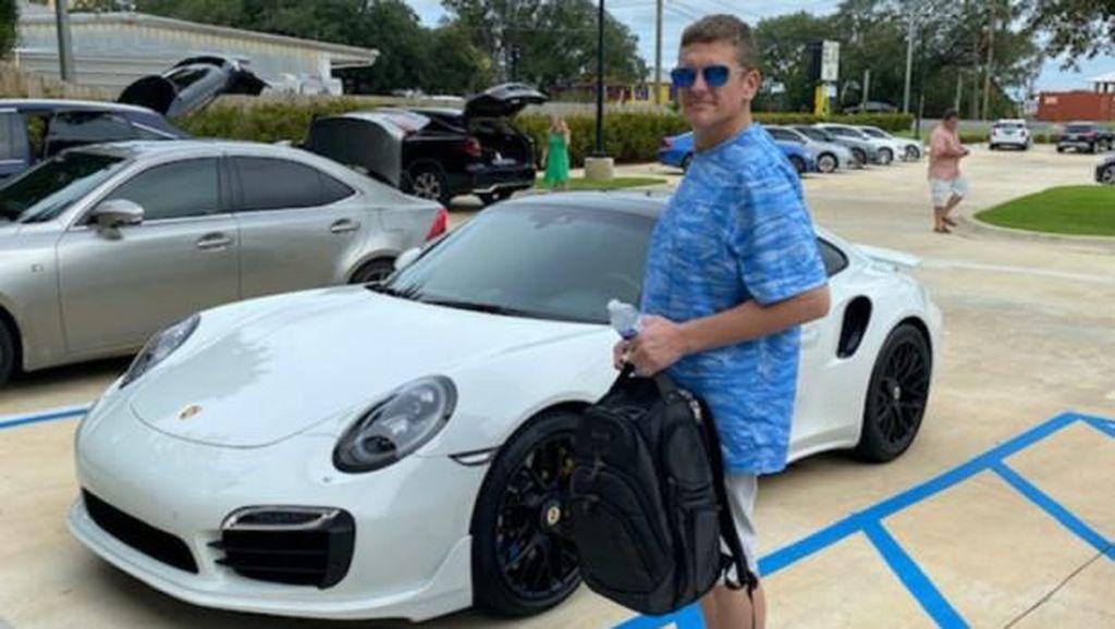 Waduh! Pria Ini Diciduk karena Beli Mobil Rp 2 M Pakai Cek Palsu