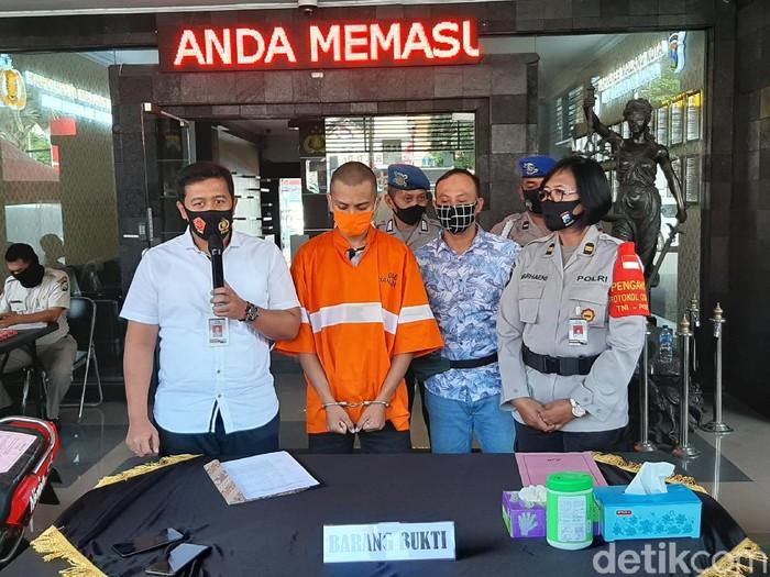Seorang Warga Binaan Pemasyarakatan (WBP) baru bebas karena program asimilasi kembali tertangkap mencuri motor di Kota Malang.