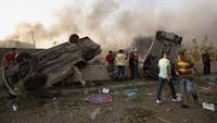 Hancur, Mobil-mobil Ini Jadi Saksi Bisu Dahsyatnya Ledakan di Lebanon