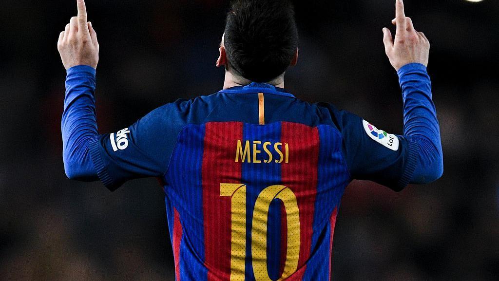 Lionel Messi Selamatkan Uang Barcelona