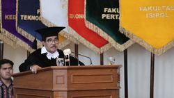 Mengenang Cornelis Lay, Sosok Pembuat Pidato Jokowi dan Megawati