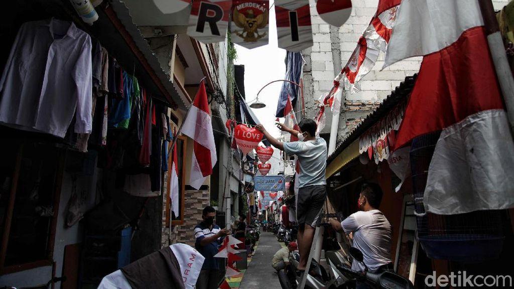 Kampung Pademangan Timur Bersolek Sambut HUT RI