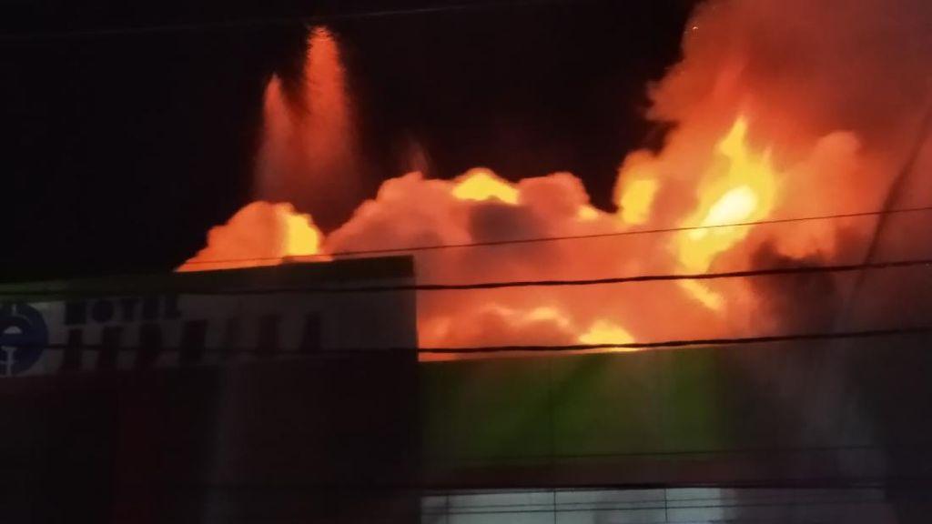 Belasan Rumah di Kawasan Padat Penduduk Samarinda Terbakar
