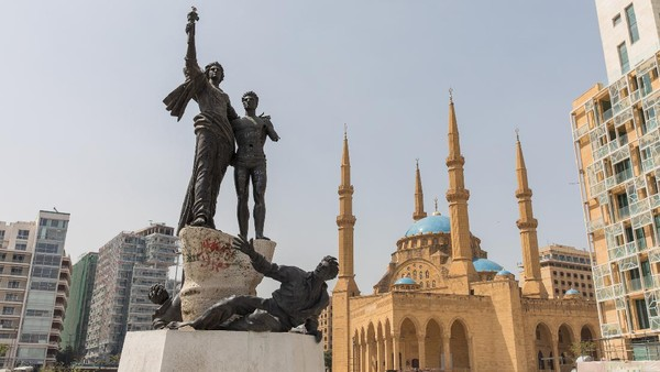 Kalau ini, Monumen Martyr yang dibuat oleh seniman berkebangsaan Italia bernama Marino Mazzacurati. Monumen ini dibangun untuk mengenang pengorbanan mereka yang mati dieksekusi pada tahun 1916. (Getty Images/AhmadSabra)