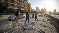 Saksi Ledakan di Lebanon Tuli Sesaat, Gejala Tinnitus?