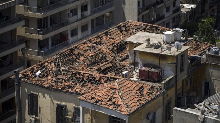 Ledakan di Lebanon memicu kerusakan parah pada separuh wilayah ibu kota Beirut. Sedikitnya 300 ribu orang kehilangan rumah akibat ledakan dahsyat ini.