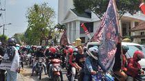 Sidang Perdana di PN Surabaya Ditunda, Ratusan Pendekar Membubarkan Diri