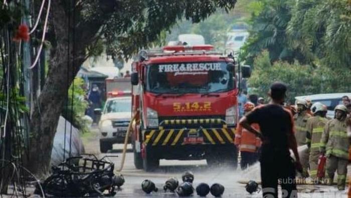 Motor Tukang Tabung Gas Terbakar di Jaktim