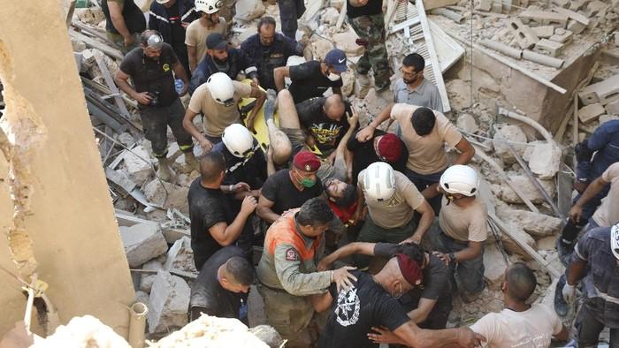 Upaya pencarian dan penyelamatan (SAR) masih terus dilakukan oleh petugas darurat setempat. Korban tewas saat ini melebihi 100 orang.