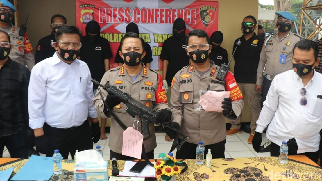 Keroyok dan Rampas Senjata Polisi, 4 Pemuda di Tangerang Ditangkap