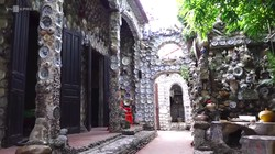 Cerita Pria Vietnam Hiasi Rumahnya dengan 10 Ribu Porselen