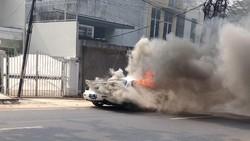 Dibawa Test Drive, Mobil Sport Terbakar di Kebayoran Baru Jaksel