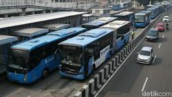 Transjakarta Cuma Sampai Pukul 19.00 Mulai Hari Ini