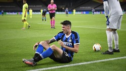 Umpan-umpan Jitu Bastoni yang Menangkan Inter
