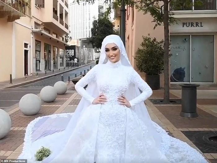 Foto pernikahan di Beirut berubah jadi Bencana