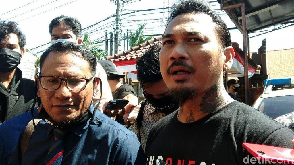 Reaksi Jerinx SID Saat Dilaporkan ke Polisi Lagi