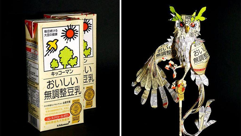 Nggak Nyangka, 10 Miniatur Keren Ini Terbuat dari Bungkus Makanan
