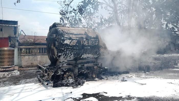 Kebakaran truk tangki BBM di Medan (dok. Istimewa)