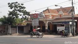 Kasus Positif COVID-19 di Klaster Rumah Makan Rawon Tambah 7 Jadi 15 Orang