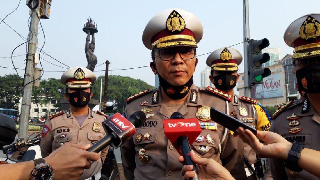 Awasi Ganjil Genap, Polisi Jaga Jalan Exit Tol