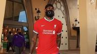 LeBron James Pakai Jersey Baru Liverpool, Keren Enggak?