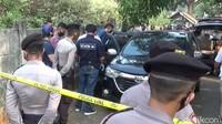 Penampakan Mobil Diberondong Peluru yang Tewaskan Pria di Purwakarta