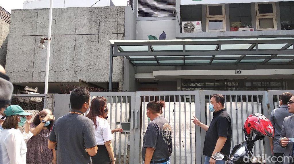 Dana Investasi Tak Dibalikin, Nasabah Kembali Geruduk Kantor Minna Padi Bandung