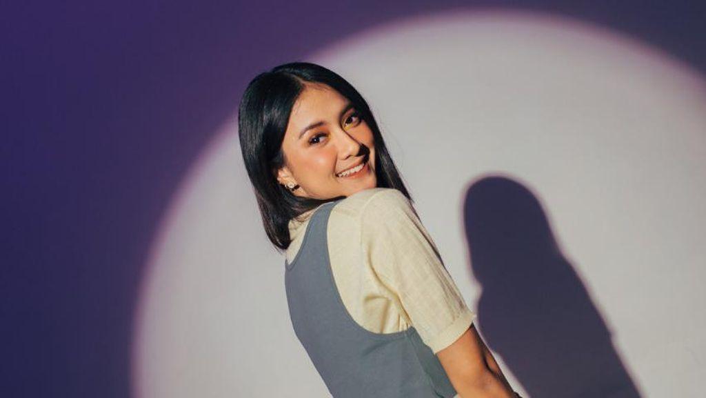Rahmania Astrini Gabung dalam Me Me We, Proyek Lagu 6 Negara