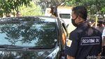 Sadis! Ini Foto-foto Mobil yang Diberondong Peluru di Purwakarta