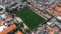 Tahu Nggak? Ada Lapangan Berstandar FIFA Lho Nyelip di Ibu Kota