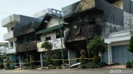 Kebakaran Selama 24 Jam, Api yang Lalap Toko Tunggal Jaya Akhirnya Padam!