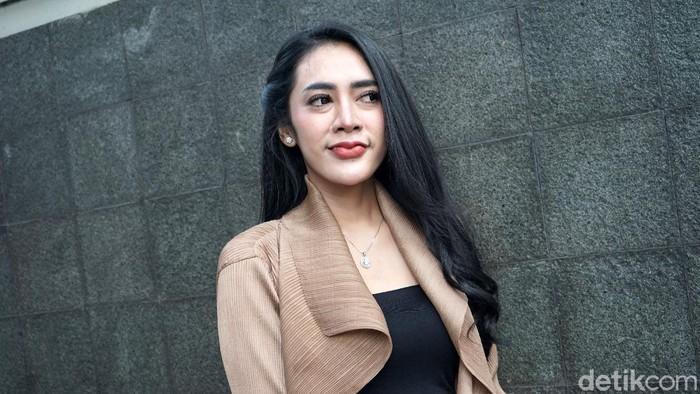 Vernita Syabilla saat ditemui di kawasan Trans TV.