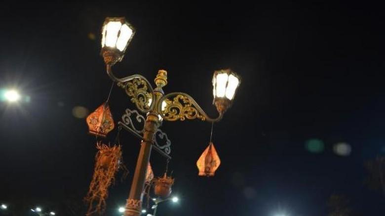 Yogyakarta saat malam