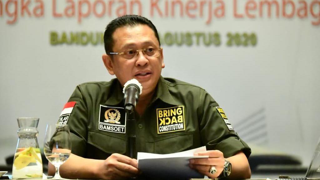 Ketua MPR: Kesadaran Masyarakat Kunci Keberhasilan Perangi COVID-19