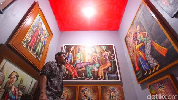 Galeri yang baru diresmikan Kamis (6/8) ini mulai didatangi warga.