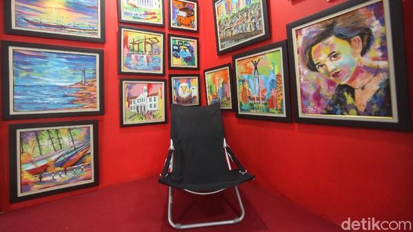 Begini penampakan salah satu kios yang disulap menjadi galeri seni di Pasar Gembrong Baru.