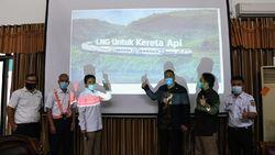 Hemat BBM Subsidi, Kepala BPH Migas Dorong Penggunaan LNG untuk KA