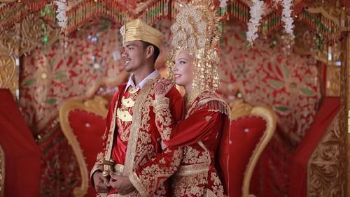 Saat Bule Kepincut Pria Indonesia