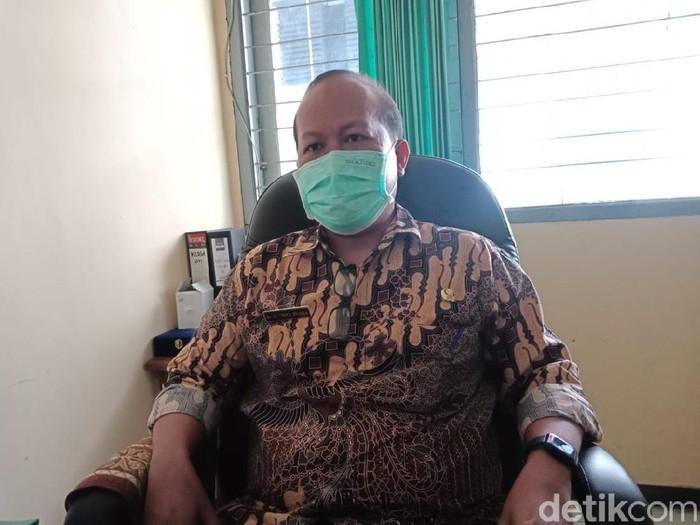 Dinkes Jombang mengaudit kasus ibu melahirkan sendiri di Rumah Sakit Pelengkap Medical Center (RS PMC). Audit maternal perinatal (AMP) tersebut fokus pada kematian bayi yang dilahirkan.