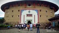 Mengunjungi Kampungnya Mulan di China, Rumah Tulou