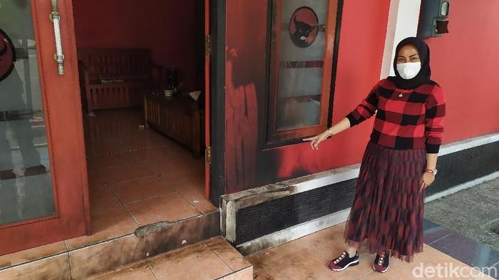 Kantor DPC PDIP Cianjur dibom molotov